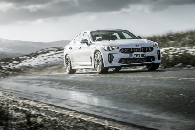 2019_kia_stinger_gt-line_uk_model_011.jpg