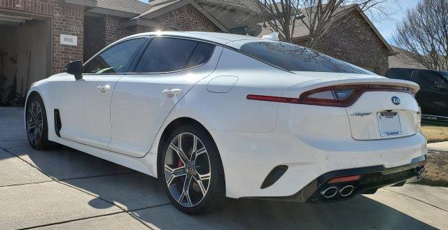 2018 Kia Stinger GT2 02.jpg